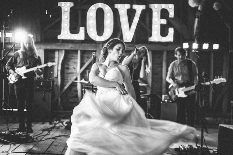 love - light up letters with bride dancing